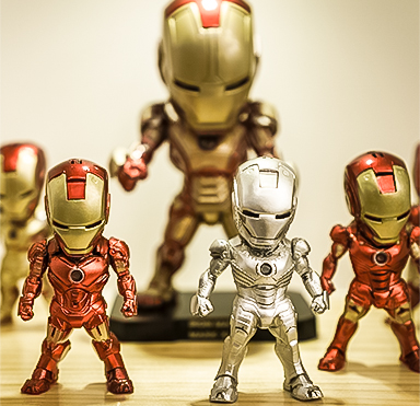 Iron Man doll is the film iron man produced by Marvel Pictures